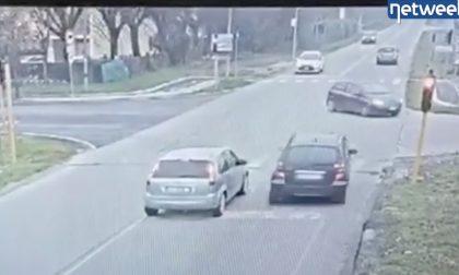 Il video di chi, nonostante le telecamere, sull'ex Soncinese se ne frega del rosso