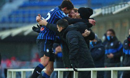 La Dea spegne il brillante Sassuolo: 5-1 con doppio Zapata, Pessina, Gosens e Muriel