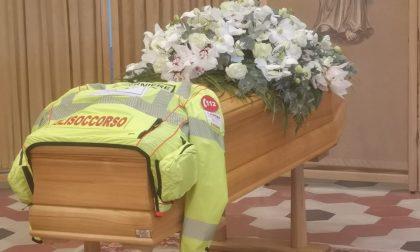 Il commovente video e le foto dei funerali di Claudio Rossi, l'infermiere del 118 ucciso da una valanga