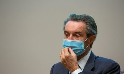 Pasticcio sui dati, Fontana attacca: «Ci stanno calunniando». Protesta delle opposizioni