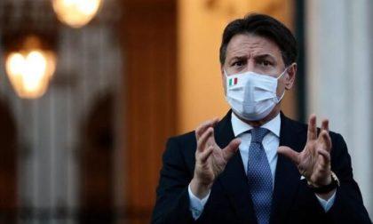 Anche l'ex premier Conte, sui social, ha ricordato il dolore di Bergamo con la foto simbolo