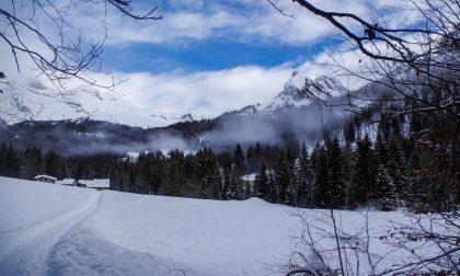 """Valzurio, ovvero la """"Valle Azzurra"""" dove regnano pace e tranquillità sotto un manto di neve"""