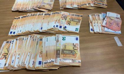 Controlli in aeroporto: in un mese scoperti oltre 900 mila euro non dichiarati
