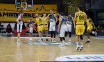 Foto e cronaca del derby di basket tra Bergamo e Treviglio, vinto dai biancoblu