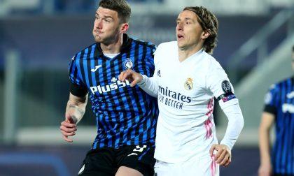 Il Real passa nel finale contro un'ottima Atalanta in dieci per 75 minuti. Forza Dea, niente è perduto