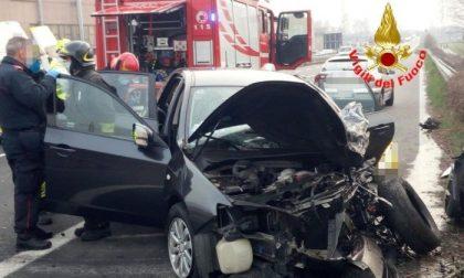 Schianto mortale tra le provincie di Bergamo e Brescia: morto un uomo di 77 anni