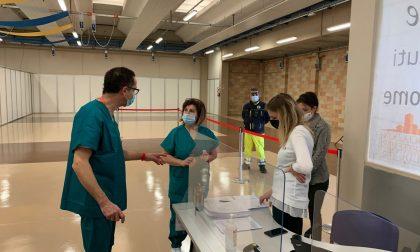 Vaccinazioni anti-Covid sul Sebino, a Chiuduno il 30% dei sessantenni rifiuta AstraZeneca
