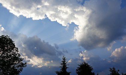 Inizio settimana tra sole, nuvole e qualche pioggia   Meteo Lombardia