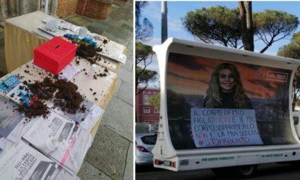 Tre ragazze lanciano letame sul banchetto degli anti-abortisti a Caravaggio