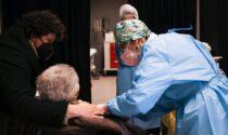 I vaccini sono efficaci: In Lombardia evitati oltre 2mila morti tra gli over60