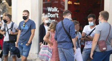 Lombardia verso la zona bianca, Moratti: «Vicini al 70% della popolazione vaccinata»