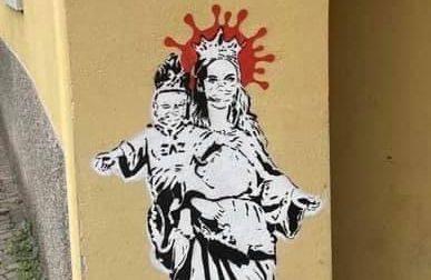 Alzano, comparso murales di una Madonna con il Bambino (e c'è chi ipotizza sia di Banksy)