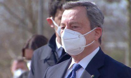 Video e parole del premier Draghi in visita a Bergamo: «Uniti, anche senza poterci abbracciare»