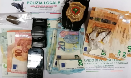 Con la droga fugge all'alt e picchia un poliziotto: uomo denunciato a Spirano