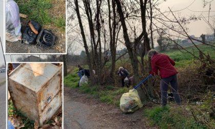 Dalla cassaforte al sex toy: quintali di rifiuti abbandonati tra Treviglio e Casirate
