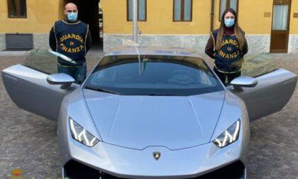 Imprenditore bergamasco compra una Lamborghini ma è di una persona arrestata: auto sequestrata
