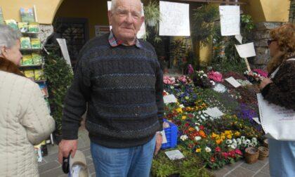 """La Val Gandino piange Giovanni Gelmi, che fra fiori e frutta era per tutti """"ol Nüt"""""""