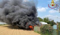 Furgone in fiamme a Romano, il video dell'intervento dei Vigili del Fuoco