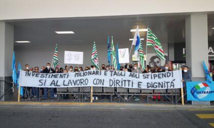 Tagli agli stipendi, scioperano i lavoratori di terra dell'aeroporto di Orio al Serio
