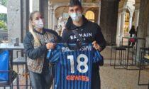 #UnaMagliaPerAmelia: Ruslan e Roksana Malinovskyi mettono all'asta 7 maglie