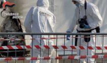 Molotov contro il centro vaccinale di Brescia, adesso i due no vax chiedono scusa