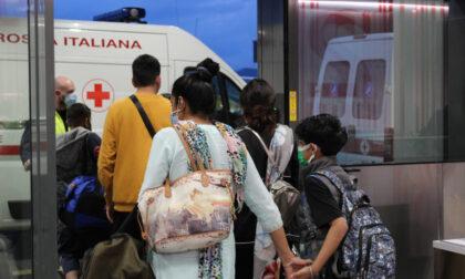 Atterrato a Orio il volo dall'India con 146 passeggeri: 6 i positivi
