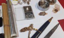 Addosso ha droga e un coltello lungo 30 centimetri: in manette pregiudicato di 41 anni