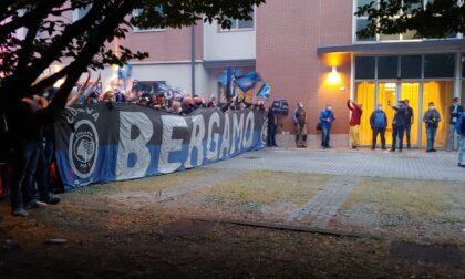Video e foto dei tifosi che hanno accolto l'Atalanta a Reggio Emilia (con Gasp emozionato)