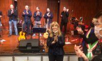 Inaugurato a Curno l'Auditorium De Andrè, con Dori Ghezzi e (finalmente) musica dal vivo