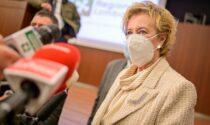 Torna lo spettro delle restrizioni, Moratti: «No a chiusure a zone. Vaccinatevi»