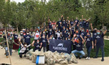 La onlus Plastic Free dà appuntamento domenica per pulire le sponde del Brembo