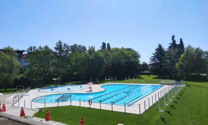 Terminata la ristrutturazione dell'area esterna: il 4 giugno si inaugura la piscina di Seriate