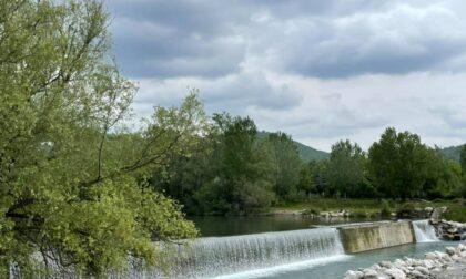 Si tuffa nel Serio ad Alzano e rischia di annegare, 23enne trasferito d'urgenza in ospedale