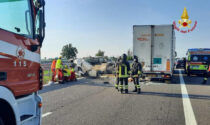 Furgone contro tir in autostrada: tra i 5 morti c'è un operaio 40enne di Covo