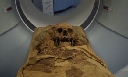 La mummia del Museo Archeologico di Bergamo: era un uomo e apparteneva all'alta società
