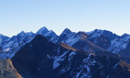 In cima al monte Cadelle, dove c'è una statua e un panorama che mozza il fiato