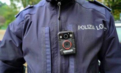 Gli agenti della polizia locale avranno una bodycam sulla divisa