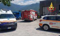 Incidente mortale a Darfo, uomo muore schiacciato da un camion che stava riparando