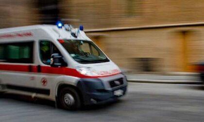 Ha un malore mentre è in scooter, muore un ottantatreenne a Pontirolo Nuovo