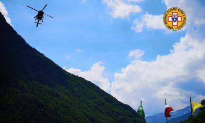 Trentenne precipita in un dirupo in Val Vertova, donna cade nel torrente Bondione