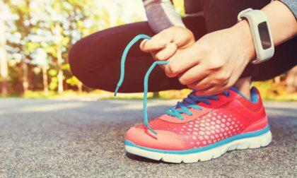 """Le suole delle scarpe da ginnastica rivivono nei """"tappeti"""" per le aree gioco dei parchi"""