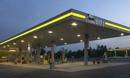 A Bergamo e provincia manca la benzina, distributori Eni costretti a chiudere