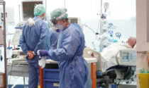 A Bergamo invariati i positivi, 4 in più. Sono meno di 300 i pazienti ricoverati non gravi