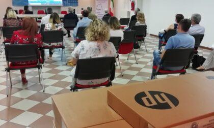 Il Rotary Club Bergamo Città Alta ha donato 18 computer alle scuole bergamasche