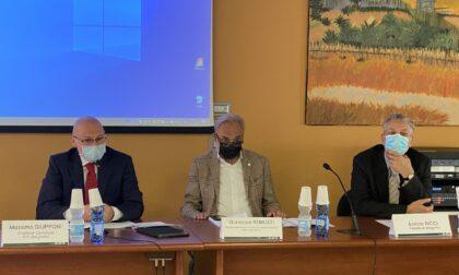 Bergamo supera il milione di dosi. Vaccinati più di 77mila assistiti di altre province
