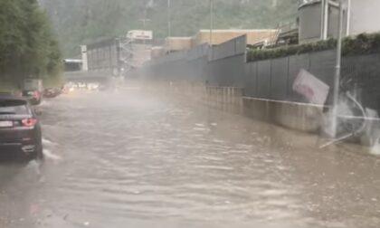 Pioggia e grandine investono la Bergamasca: 45 interventi dei vigili del fuoco