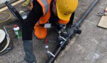 Unareti sostituisce le tubazioni del gas in via Lochis: come cambia la viabilità
