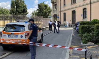 Omicidio di via Novelli, il giovane resta in cella. Pesa il non avere chiesto aiuto