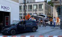 Scontro tra due auto in Porta Nuova: un veicolo carambola a pochi centimetri da Kiko
