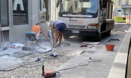 Al via la risistemazione di via Borfuro: stop ai veicoli all'altezza delle Colonne di Prato